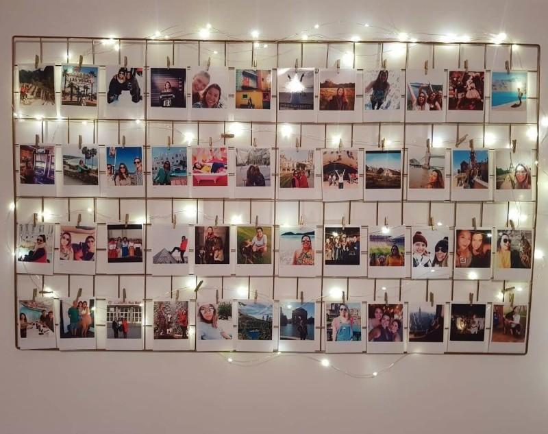 mural de fotos polaroid na parede